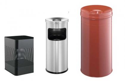 Jaki kosz na śmieci jest lepszy - plastikowy czy metalowy?